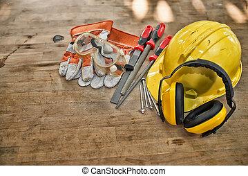 sztandar, zbudowanie, bezpieczeństwo zaopatrzenie, na, drewniany stół