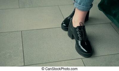 szykowny, kobieta, obuwie