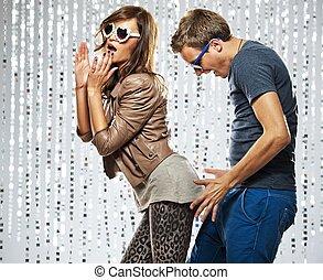 szykowny, para, flirtując, młody, nightclub