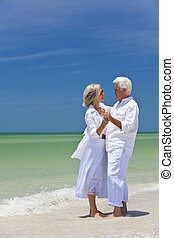 tánc, párosít, tropikus, hatalom kezezés, idősebb ember, tengerpart, boldog