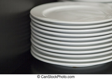 tányér, kazal