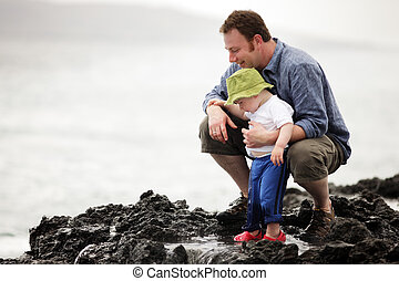 táta, maličký, chůze, oceán, venku, syn