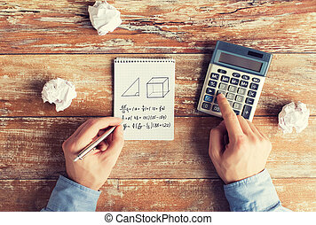 tâche, calculatrice, résoudre, haut, mains, fin
