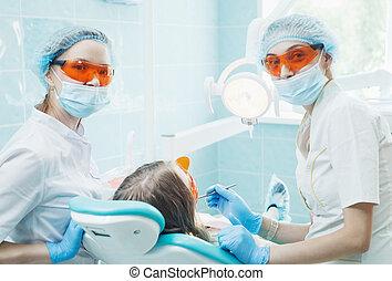 tålmodig, assistent, dental, tandläkare, behandling, flicka