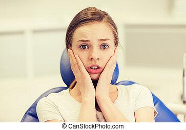 tålmodig, dental, klinik, livrädd, flicka, rädd