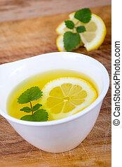 té, bálsamo, limón, primer plano