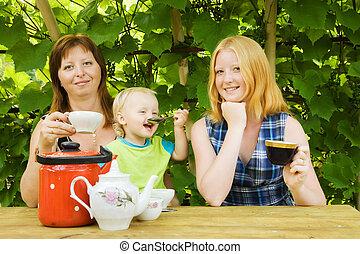 té, pérgola, familia , teniendo