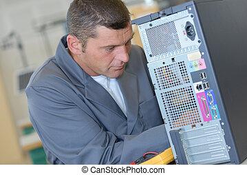 técnico computadora, en el trabajo