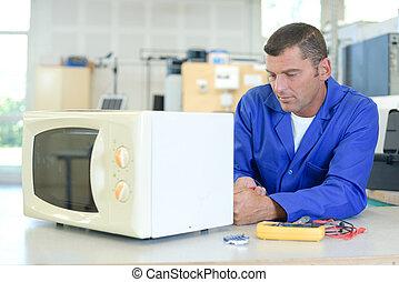 técnico, en el trabajo