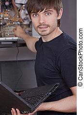 técnico, fijación, problema, en, computadora