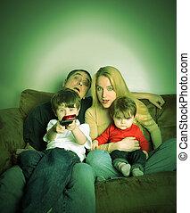 télé regarde, film, maison famille