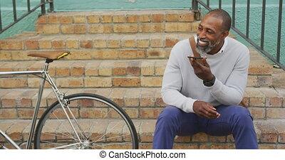 téléphone, américain, homme africain, rue, sien, utilisation