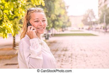 téléphone, blond, femme, parler