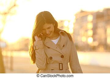 téléphone, franc, femme, coucher soleil, conversation