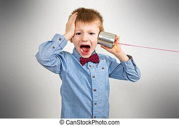 téléphone, inquiété, étain, garçon, boîte, écoute, jeune