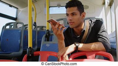 téléphone, mobile, conversation, autobus, homme, 4k