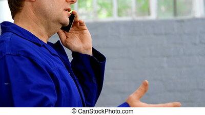 téléphone, mobile, conversation, mécanicien, 4k, garage