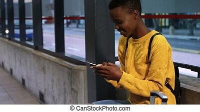 téléphone, mobile, métro, utilisation, 4k, femme