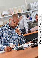 téléphone, ouvrier, bureau