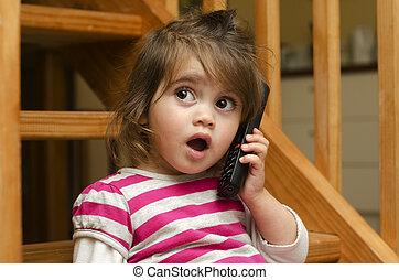téléphone, petite fille, parler