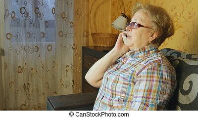 téléphone portable, femme, mûrir, conversation