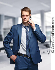 téléphone portable, homme affaires, bureau, conversation