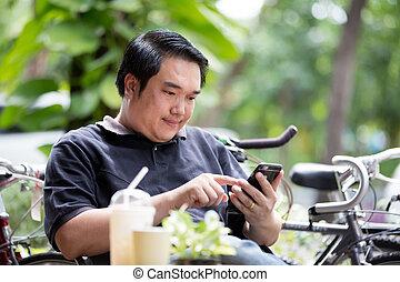 téléphone portable, homme, asiatique, utilisation