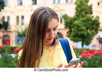 téléphone portable, lit, message, girl