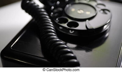 téléphone rotatif, vieux, haut fin