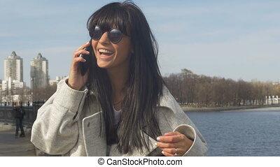 téléphone, sourire, front mer, femme, conversation