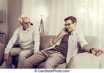 téléphone, sur, séance, père, fils, conversation, quoique, mûrir, divan