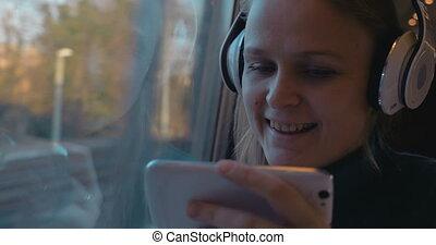 téléphone, train, musique, divertissement