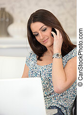 téléphoner femme, informatique