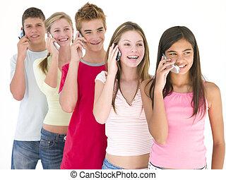 téléphones, cinq, cellulaire, sourire, amis, rang