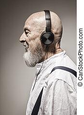 tête, écouteurs, personnes agées, homme chauve
