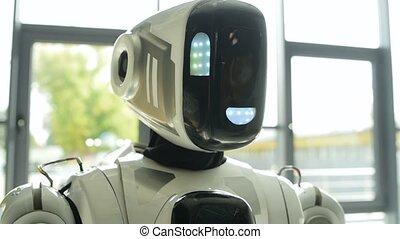 tête machine, tourner, regarder, robotique, portrait