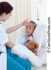 tête, patient, docteur, boy\'s, toucher, femme