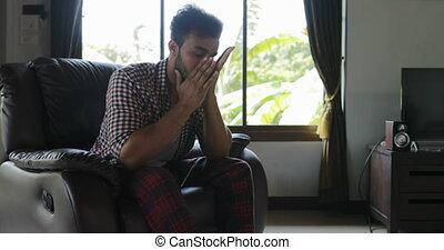 tête, séance, fauteuil, accablé, problèmes, triste, mélange, course, type, prise, frustré, avoir, maison, homme