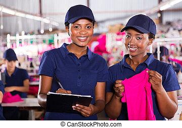 têxtil, africano, fábrica, colegas trabalho, jovem