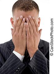 tímido, rosto, seu, homem negócios, escondendo