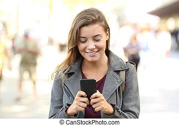 tízenéves kor, beszélgető, mobile telefon, eleje kilátás