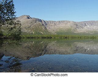 tó, a hegyekben