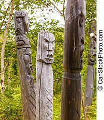 tótem, aborígenes, postes, kamchatka:, koryak., itel'men