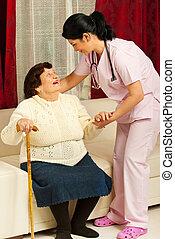 törődik, otthon, ápoló, nő, öregedő