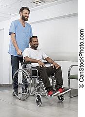 türelmes, kórház, rámenős, folyosó, ápoló, tolószék