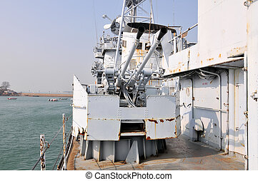 tüzérség, hadihajó