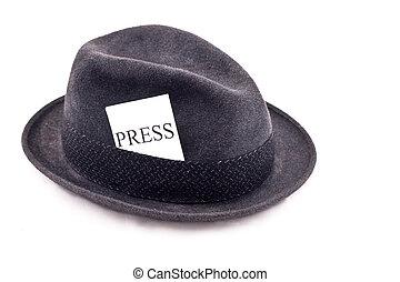 tłoczyć, kapelusz