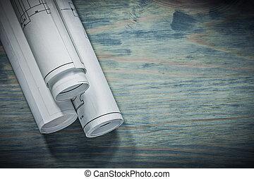 tři, rohlík, blueprints, semknout se
