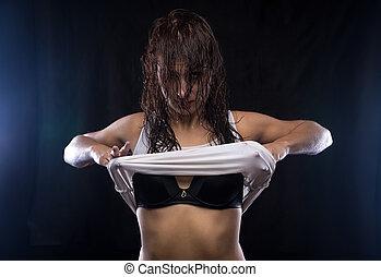 t-shirt, excitado, mulher segura, molhados