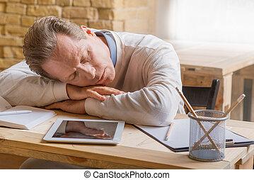 tabela, dormir, homem, sentando